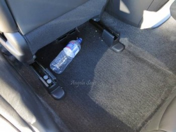 18 Ways to Seriously Deep Clean Your Car4