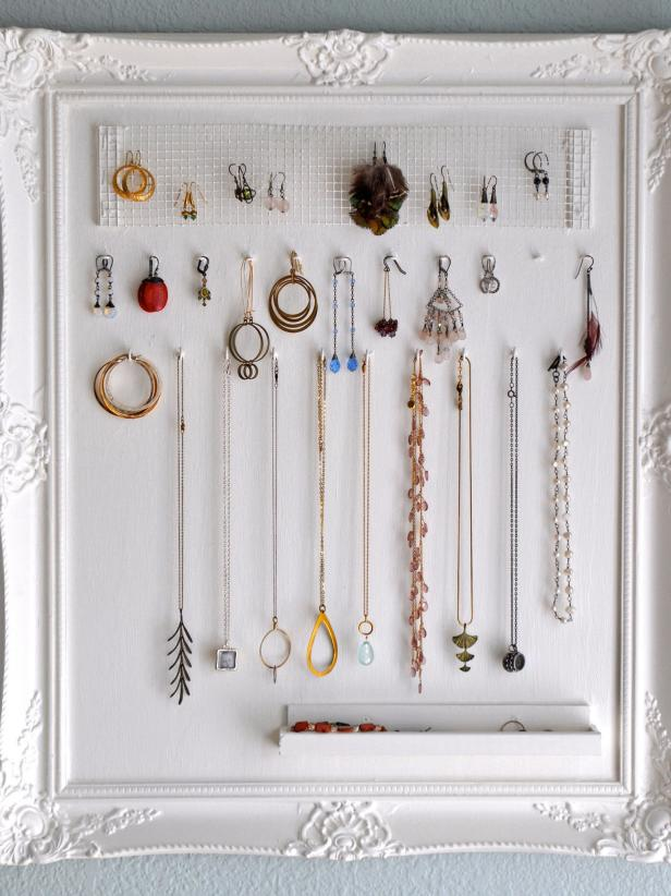 10 Amazing Tips for an Organized Bedroom9