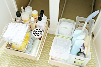 10-tips-that-will-help-clean-your-bathroom-like-a-pro2