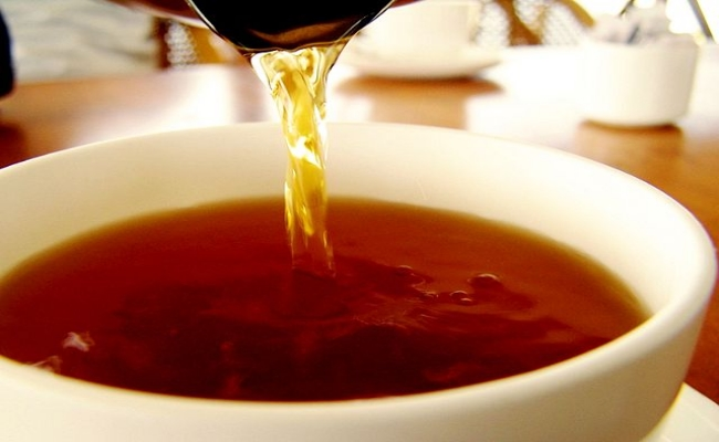 22-brilliant-uses-for-tea-bags4