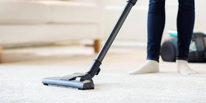 Are You Vacuuming the Right Way| Vacumming, Vacuuming Tips and Tricks, Vacumming Hacks, Clean House, House Cleaning Tips and Tricks, Clutter Free Home, How to Get A Clean House Fast