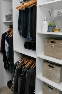 How-to-Declutter-Clothing-1-edit
