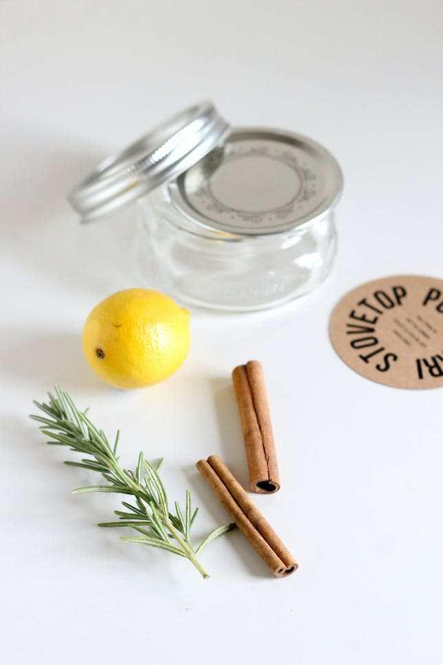 How to Make Your Home Smell Fresh, How to Freshen Up Your Home, How to Make Your Home Smell Amazing, Smell Hacks for the Home, Popular Pin