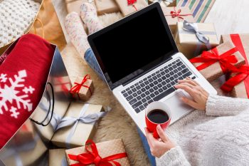 Reduce Holiday Stress | Tips and Tricks for Reducing Holiday Stress | Holiday Stress | Holiday Stress Hacks | Stress Reducing Hacks | Hacks for Reducing Holiday Stress