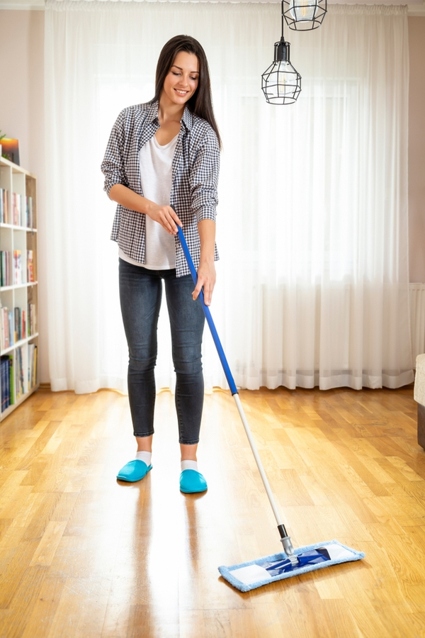keeping a home clean | clean | cleaning schedule | cleaning | clean home | house cleaning | how to | how to keep a clean home | guide to keep a home clean